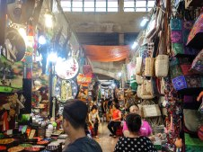 Bhen Than Market-3